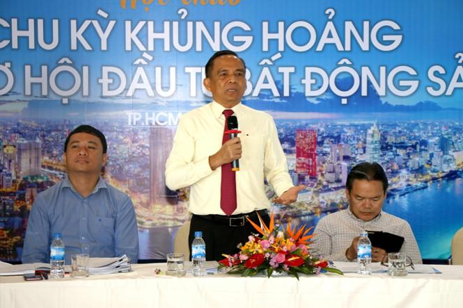 Ông Lê Hoàng Châu – Chủ tịch Hiệp hội Bất động sản TP.HCM phát biểu tại hội thảo
