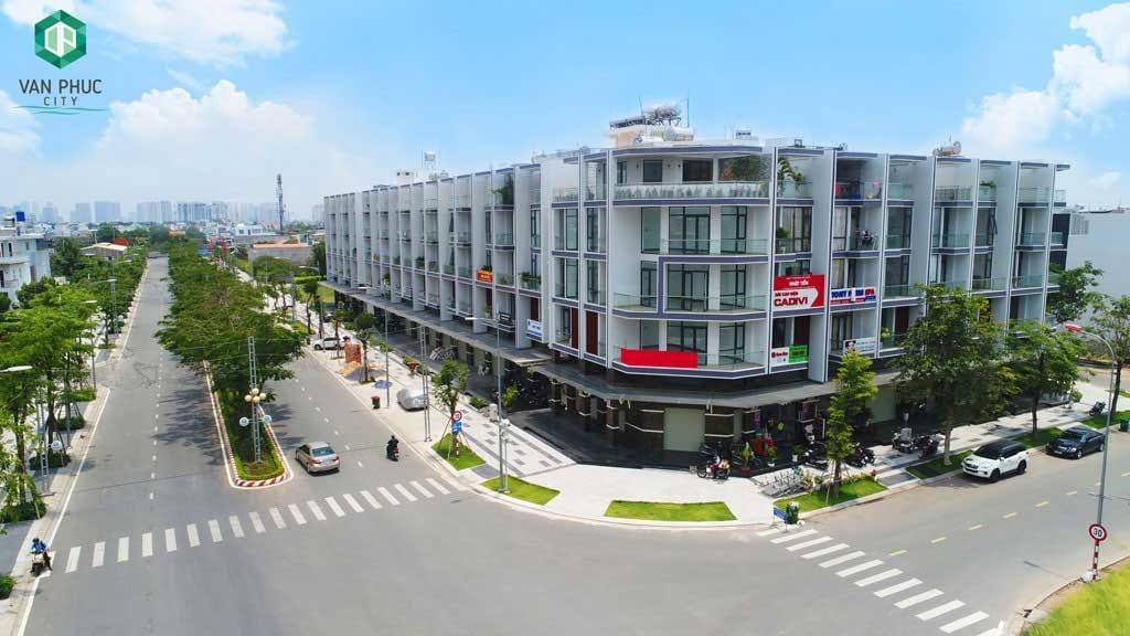 Các tuyến phố thương mại khu đô thị Vạn Phúc sở hữu công năng kép vừa ở, vừa kinh doanh với biên độ và dư địa tăng giá cao.